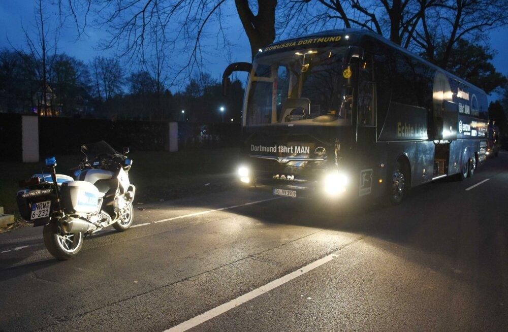 Dortmundi meeskonna buss pärast plahvatust