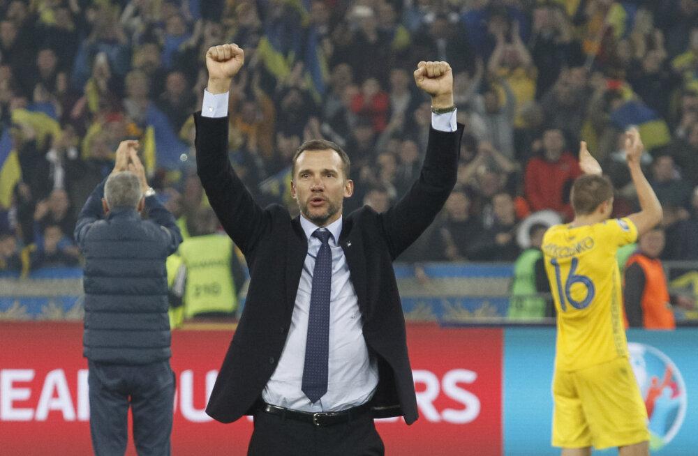 В матче с Испанией у тренера украинцев Андрея Шевченко не было поводов победно вскидывать руки
