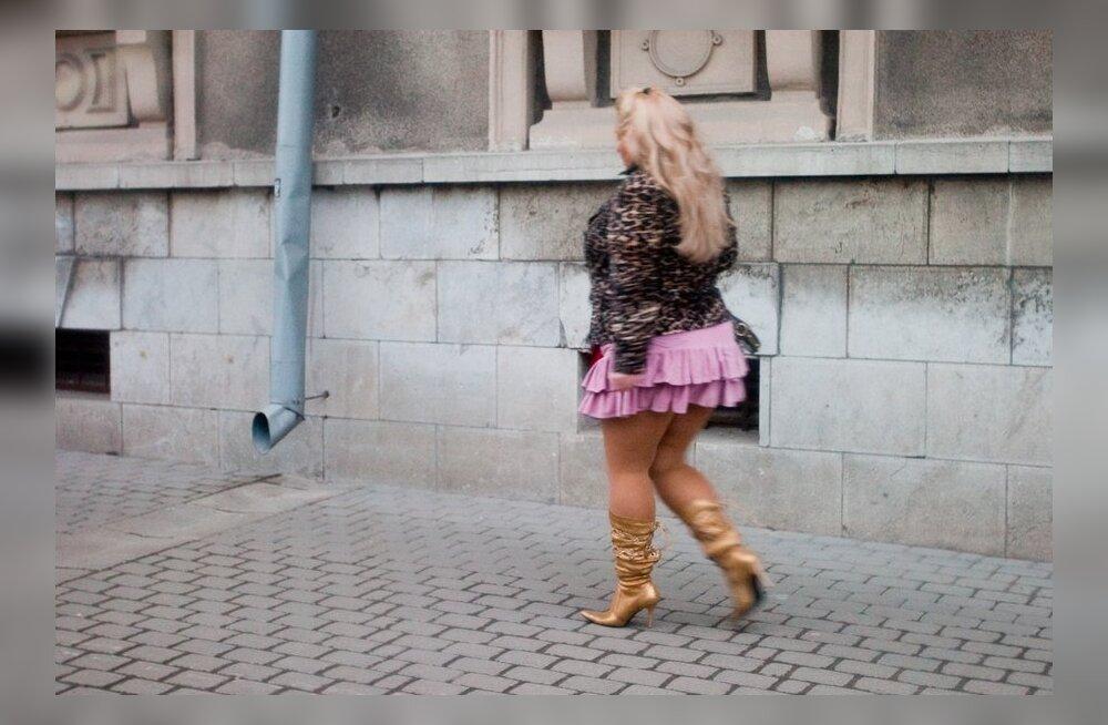 Naiste keskeakriis: pole midagi hullemat 40aastasest, kes püüab elada 25aastase elu!