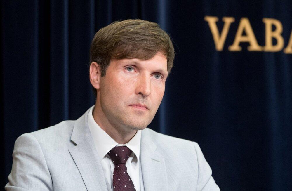 Martin Helme: Elmar Vaher kasutab oma alluvaid inimkilbina. Mingeid koondamisi ei tule!