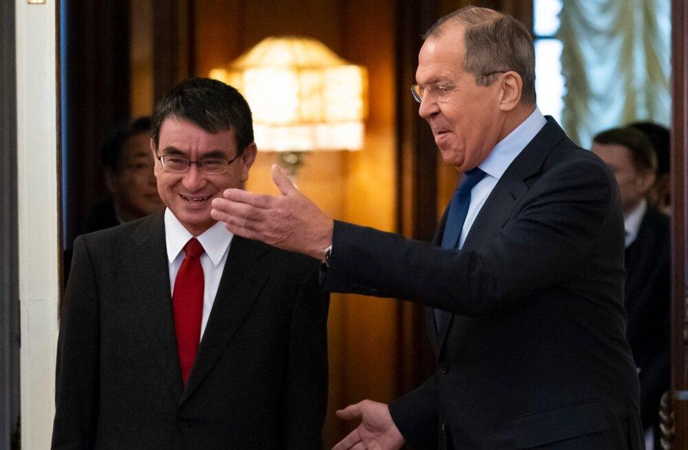Lavrov: Venemaa suveräänsust Kuriili saarte üle ei arutata