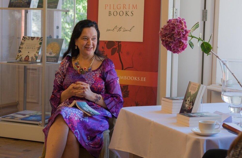 """Lastekirjanik Astrid Hiisjärv esitles kirjanduskonkursi BestSeller 2015 lastekirjanduse kategooria võidutööd """"Vaimar"""""""