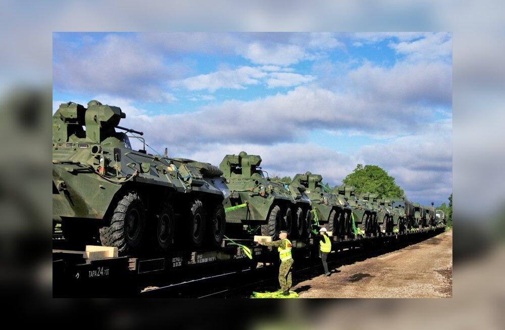 Ungarlaste lahingutehnika saabumine Võrru
