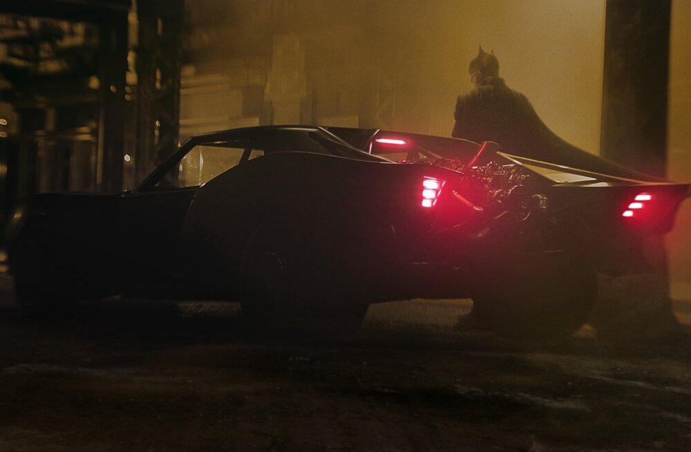 Selline näeb välja uus Batmobiil, millega Robert Pattinson sõitma hakkab!