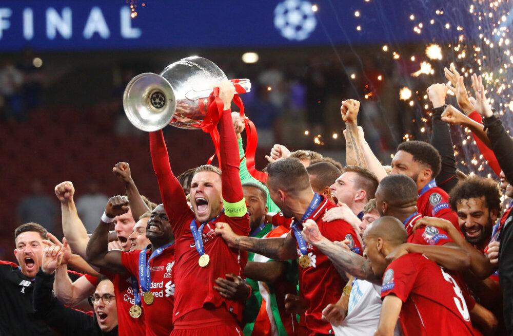Liverpooli kapten Jordan Henderson karikaga