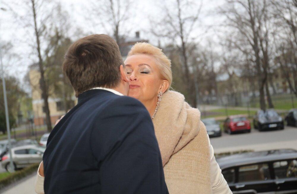 FOTOD: Saku Õlletehase legendaarset armuafääri mäletad? Kadri Ärm on taas pildis!