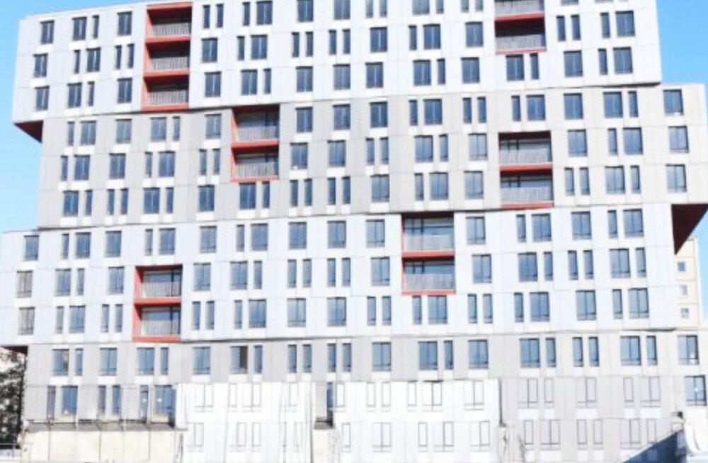 """Эстонский банк хочет достроить дом возле места, где в 2013 году при обрушении крыши рижского супермаркета Maxima погибло 54 человека. """"В жизни не видела такого цинизма"""""""