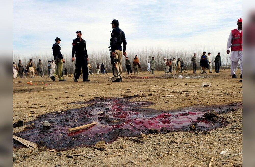 Pakistani tähtsamaid sõjaväebaase langes rünnaku alla