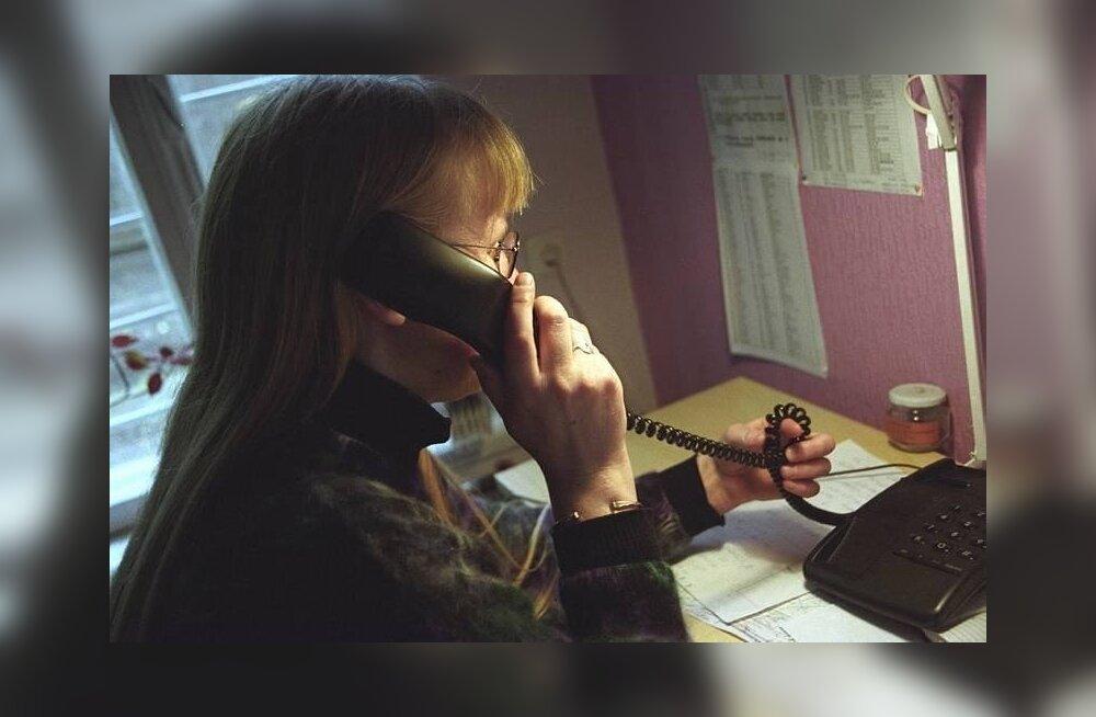 Vene vanaproua maksis selgeltnägijatele üle 6000 euro muusika kuulamise eest telefonis