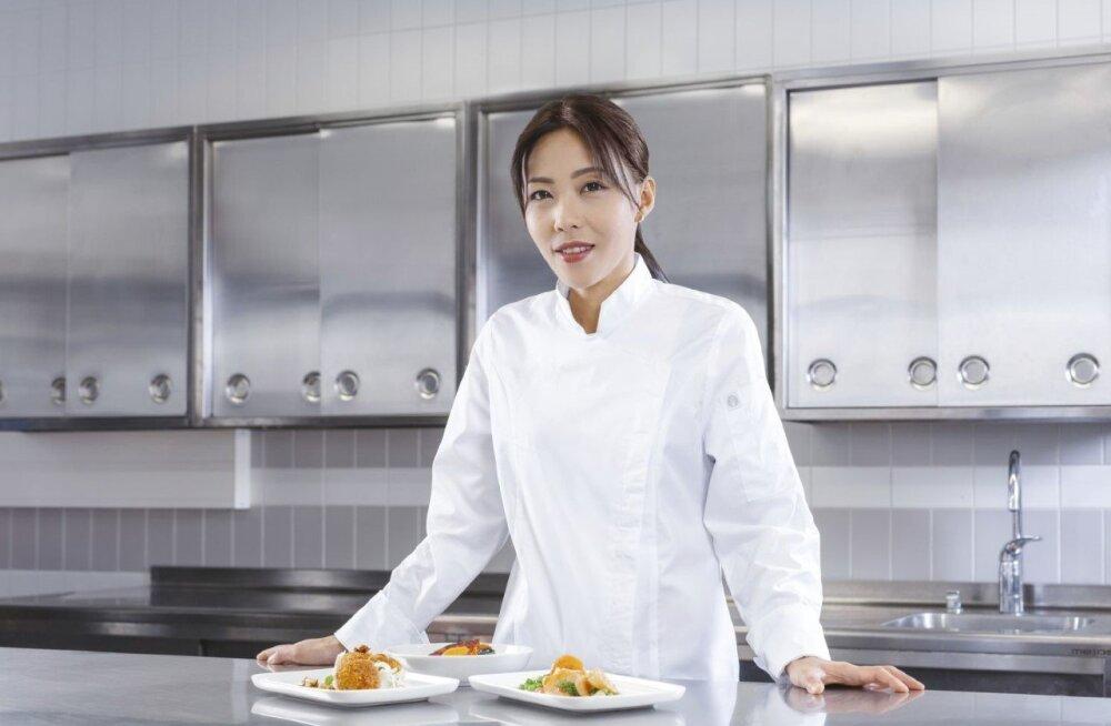 На рейсах Finnair можно будет отведать мишленовскую китайскую кухню