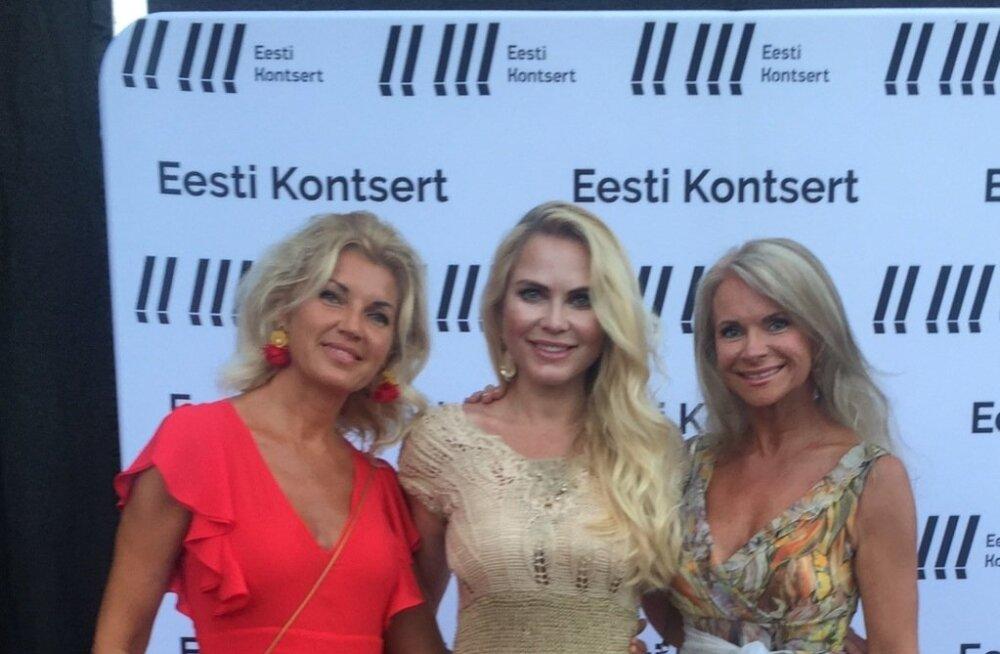 KOLM GRAATSIAT Ärinaine Kaidi Kuusing ning eksmissid Kristiina Heinmets-Aigro ja Ingrid Tõniste tõid lossihoovi tõelist glamuuri.