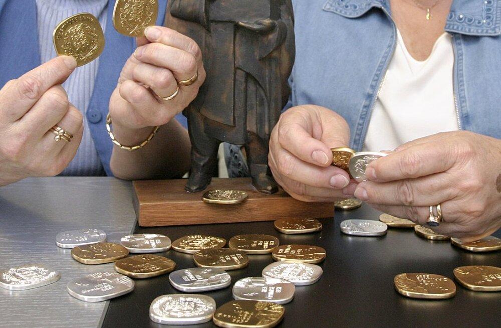 В Нарве — самое большое число выпускников-медалистов за последние годы