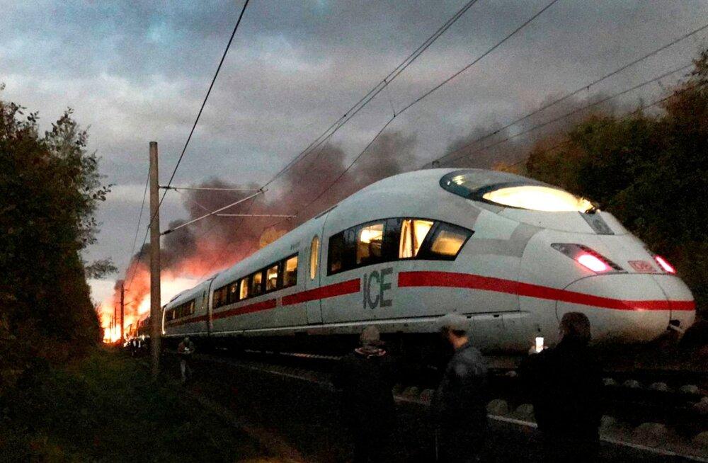 Saksamaal süttis põlema kiirrong, evakueeriti umbes 500 inimest