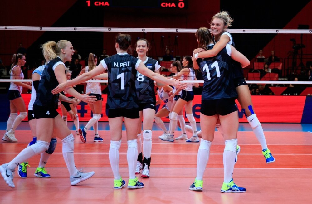 Eesti naiskonna siiras võidurõõm esimese EM-il võidetud geimi üle.