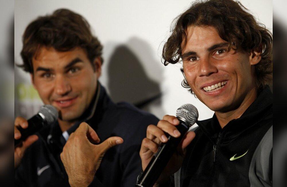 VIDEO: Nadal ja Federer mängisid tennist vee peal