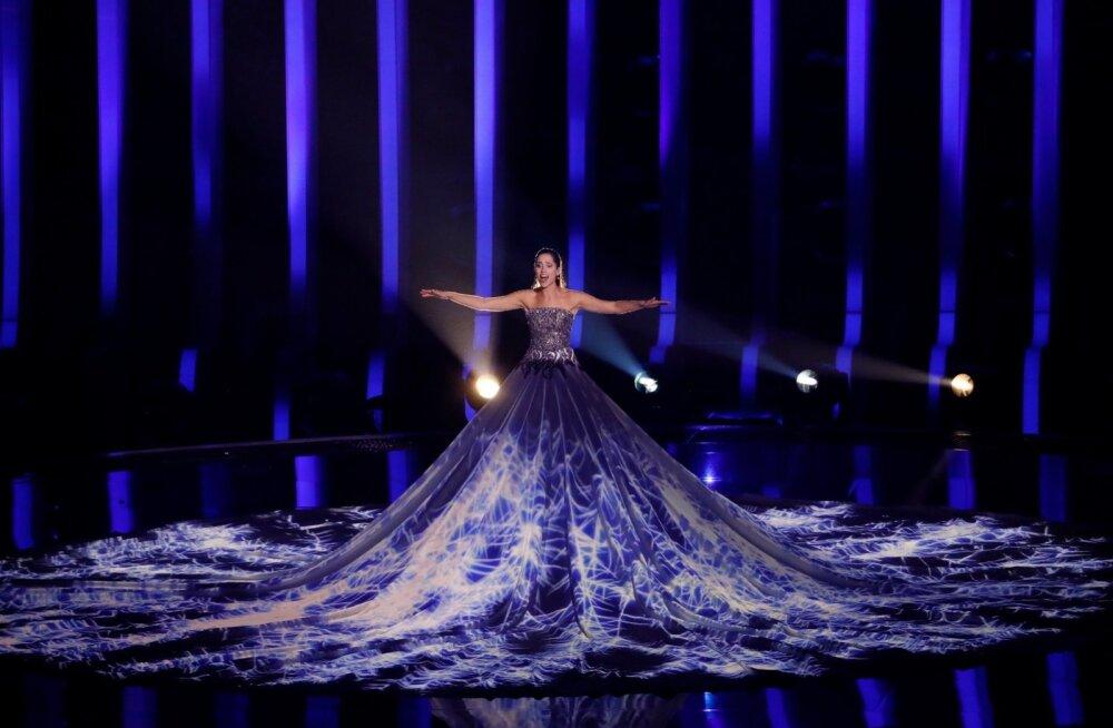 """Elina Nechayeva """"La forza"""" mõjus poolfinaali läbimängus magusläägete europoplugude keskel kui sõõm värsket õhku."""