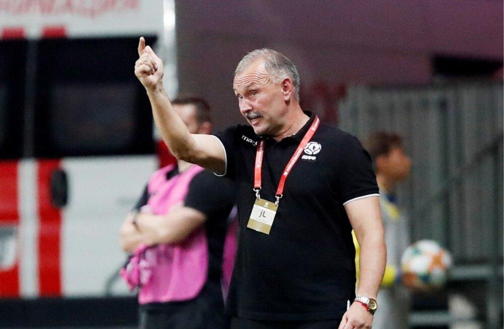 Valgevene jalgpallikoondise nüüdseks endine peatreener Igor Krjušenko.