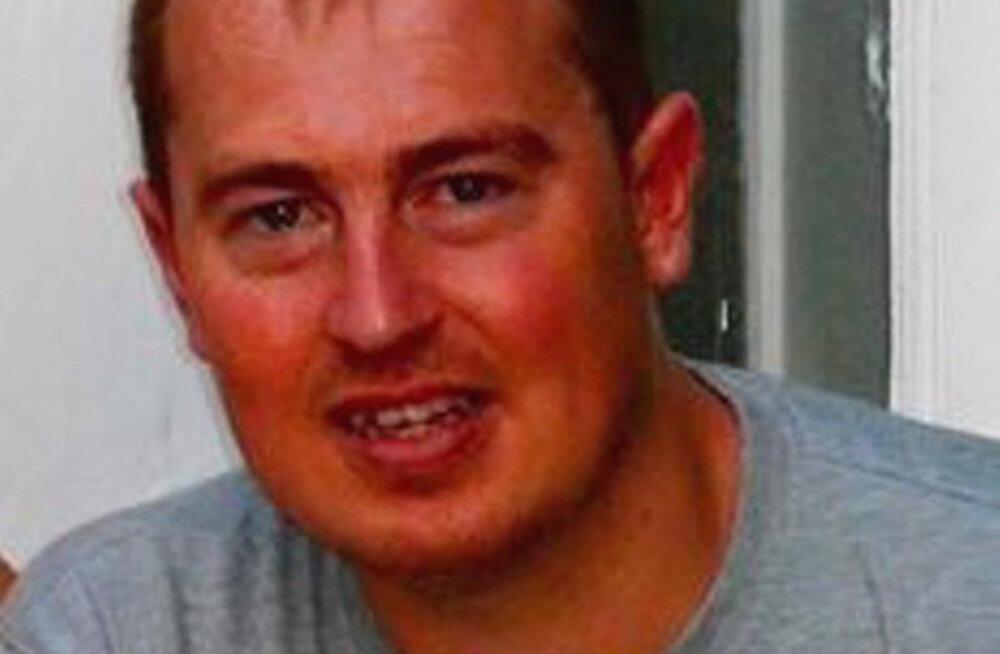 Hukkunud Simon Lewis
