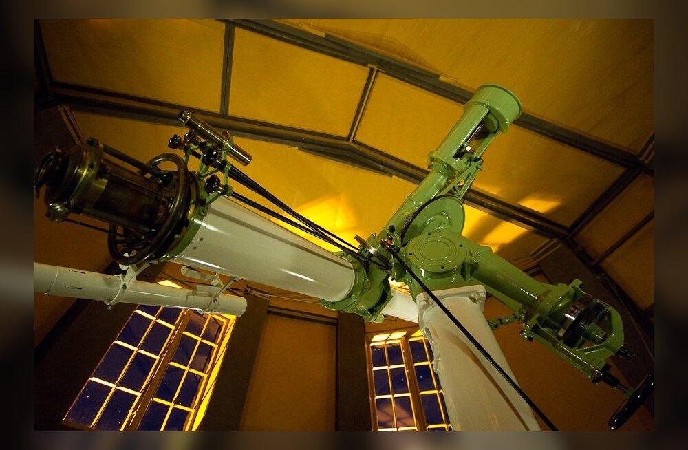 Tähetorn saab 200, selles tänini kasutusel olev Carl Zeissi teleskoop aga 100
