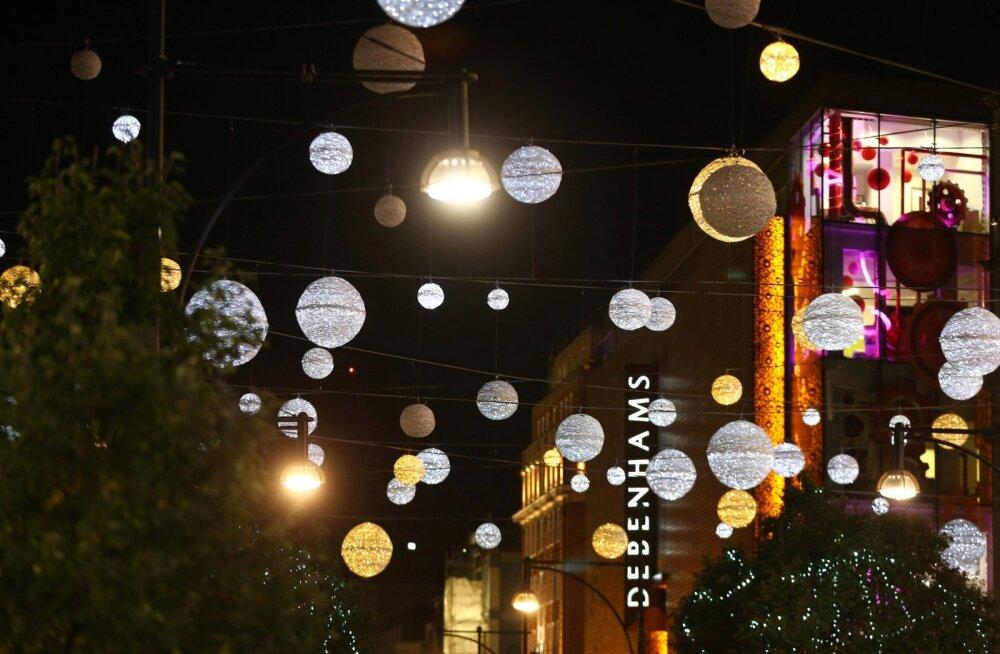 Jõulutuledes Londoni Oxford Street.