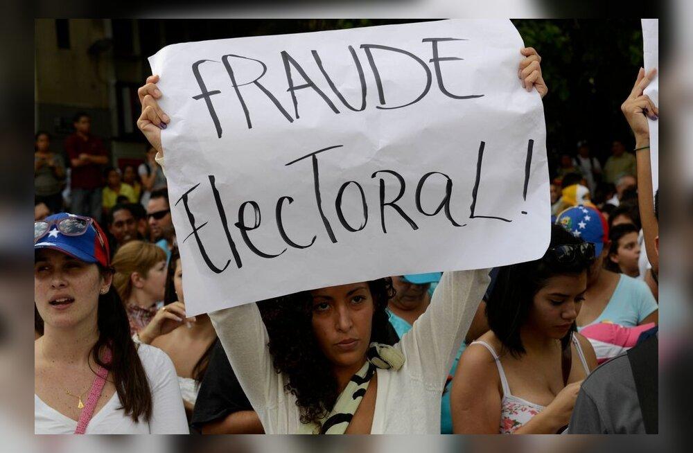 Venezuela valimiskomisjon kontrollib üle ligi pooled hääled