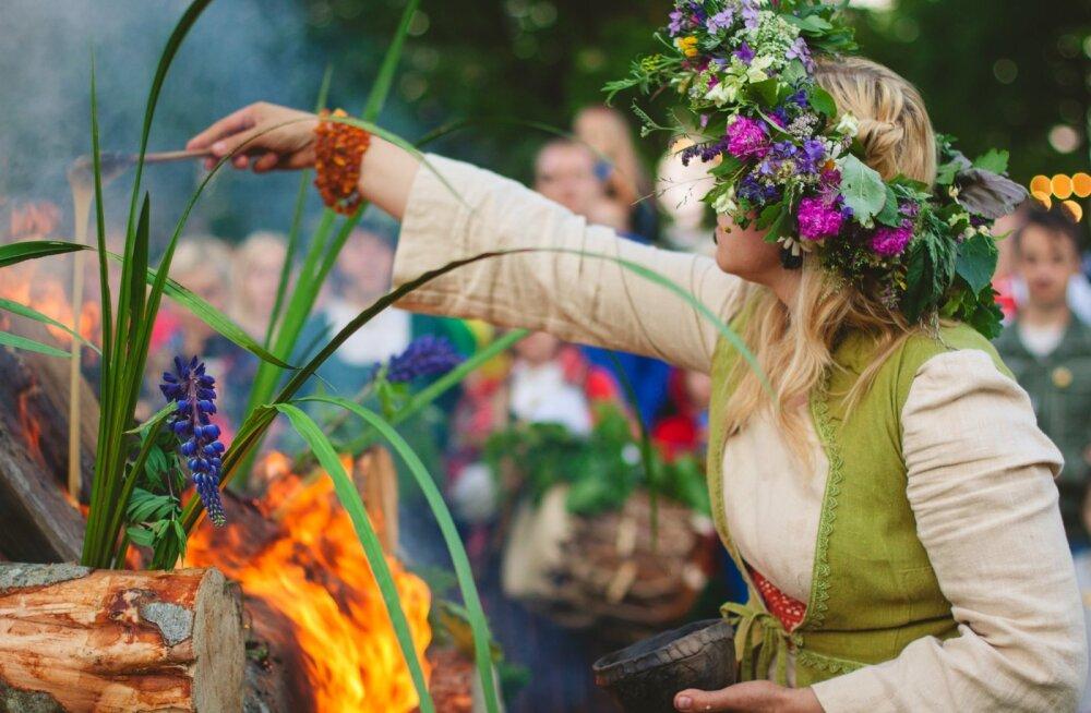 Lätlased tähistavad jaaniõhtut endiselt kui paganad