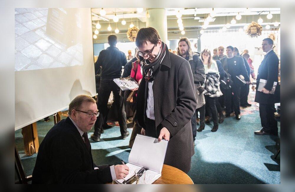 4336bad6816 W3 uudised - FOTOD: Mart Laar esitles raamatut Eesti tähtsamatest ...