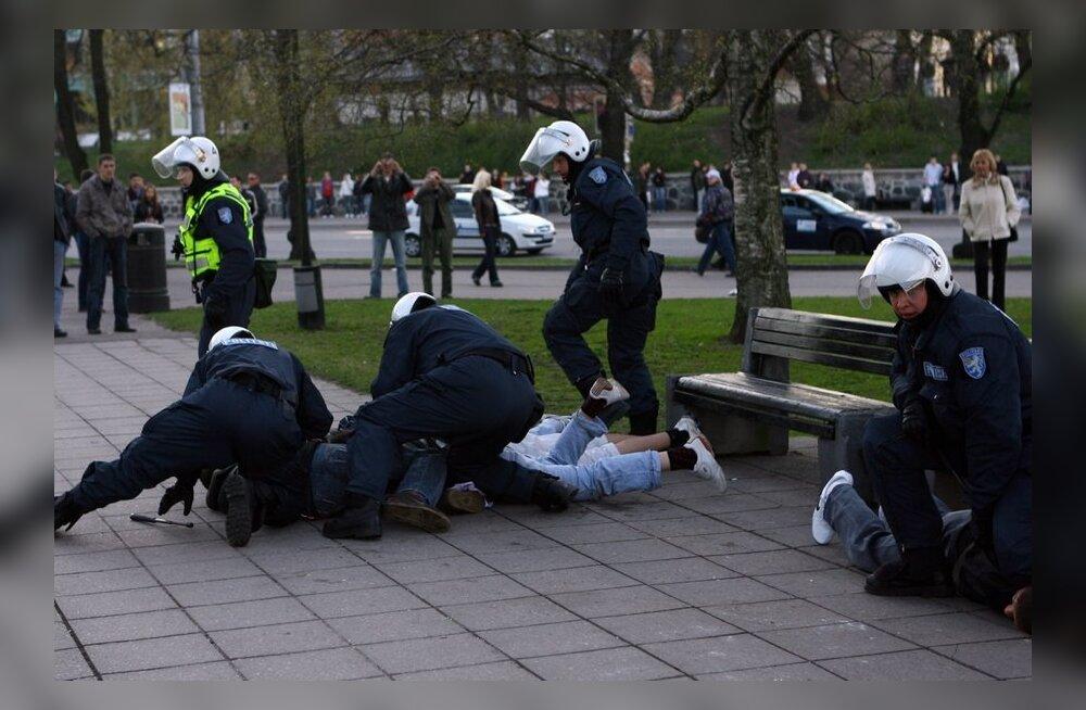 Inimõiguste teabekeskus: Euroopa kohtus õiguse saanud isikud polnud kuidagi seotud pronkssõduri kaitsmisega