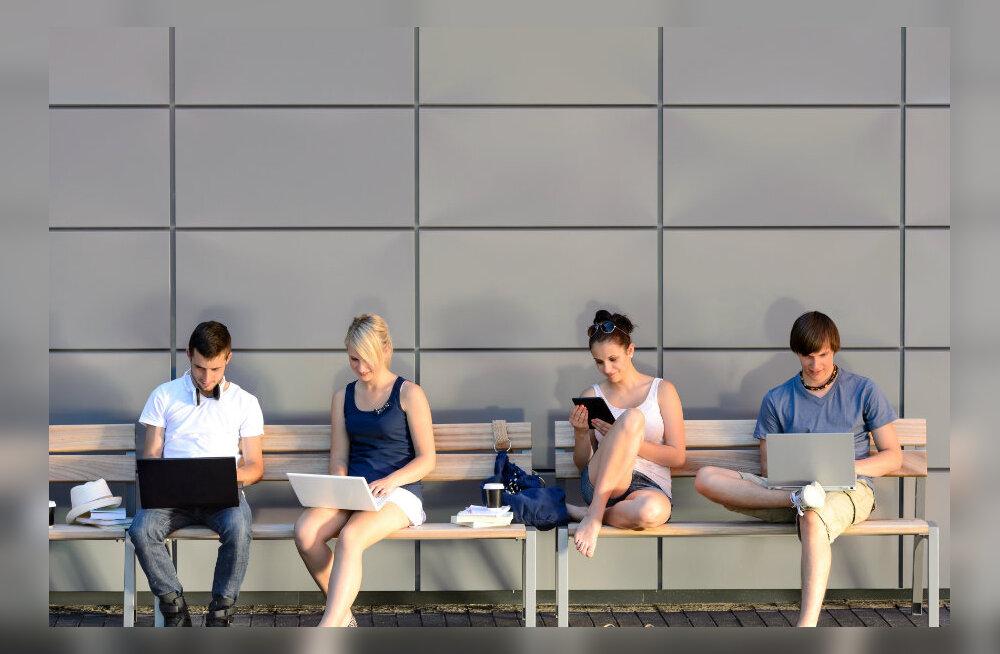 Uuringud seostavad rohket interneti kasutust sõltuvusnähtude, depressiooni, ängistuse, ülekaalu ja sotsiaalse isolatsiooniga
