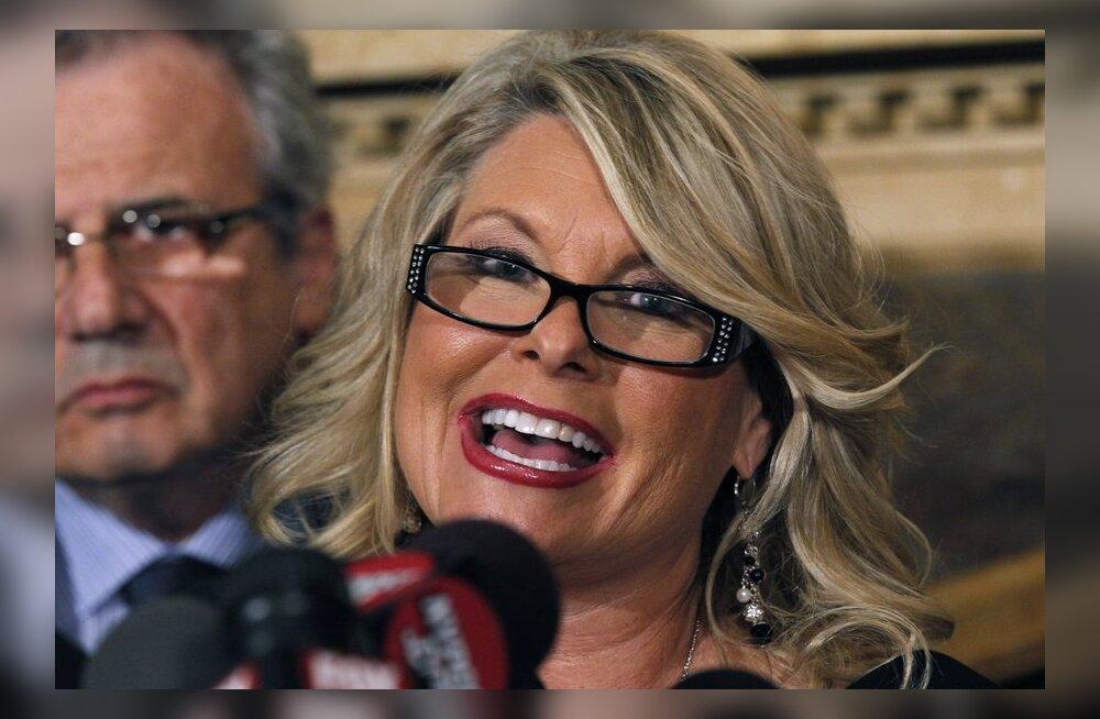 Neljas naine süüdistab USA presidendikandidaati enese käperdamises
