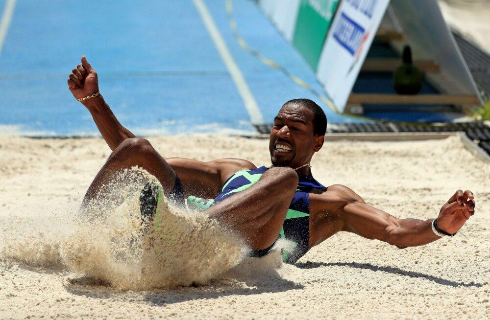 Olümpiavõitja tampis kaugushüppe uue võistlussüsteemi mutta