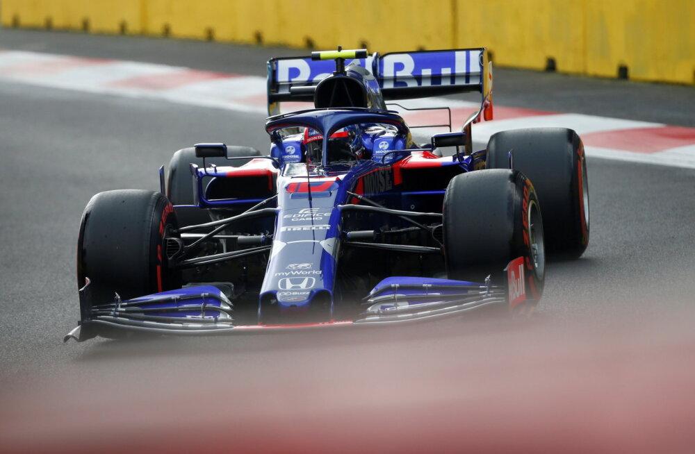 Huvitav uuendus: F1 sunnib tiime vabatreeningul noorsõitjaid kasutama
