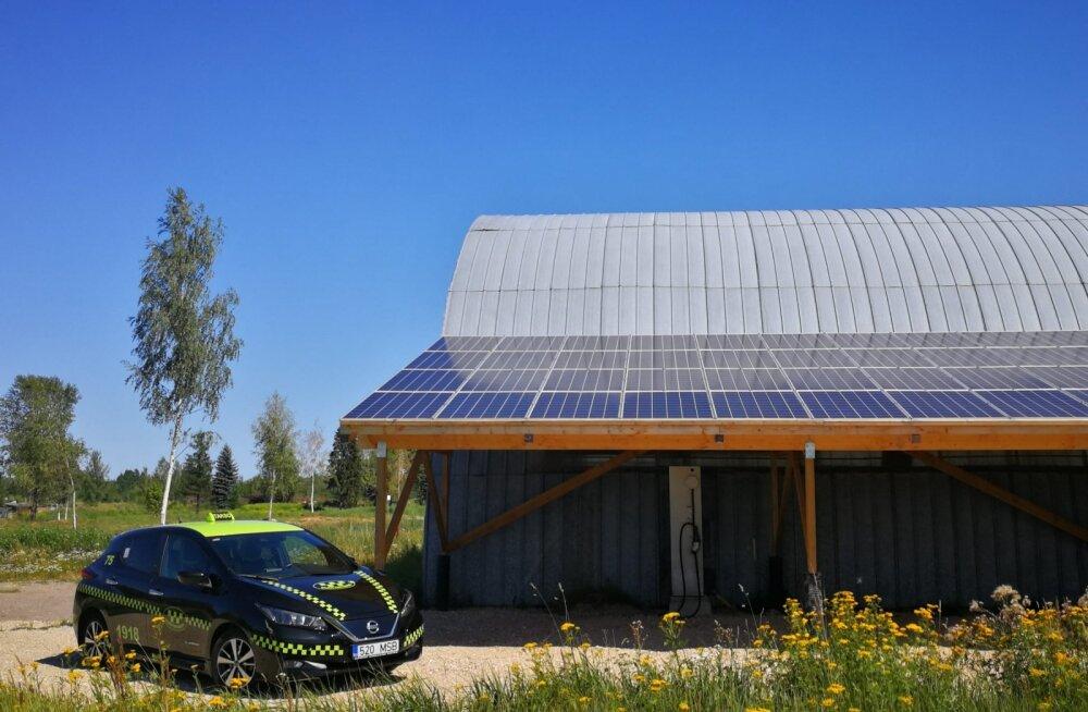 Rahu fossiilidele: Elektritakso liigub Tartus edaspidi päikeseenergia jõul