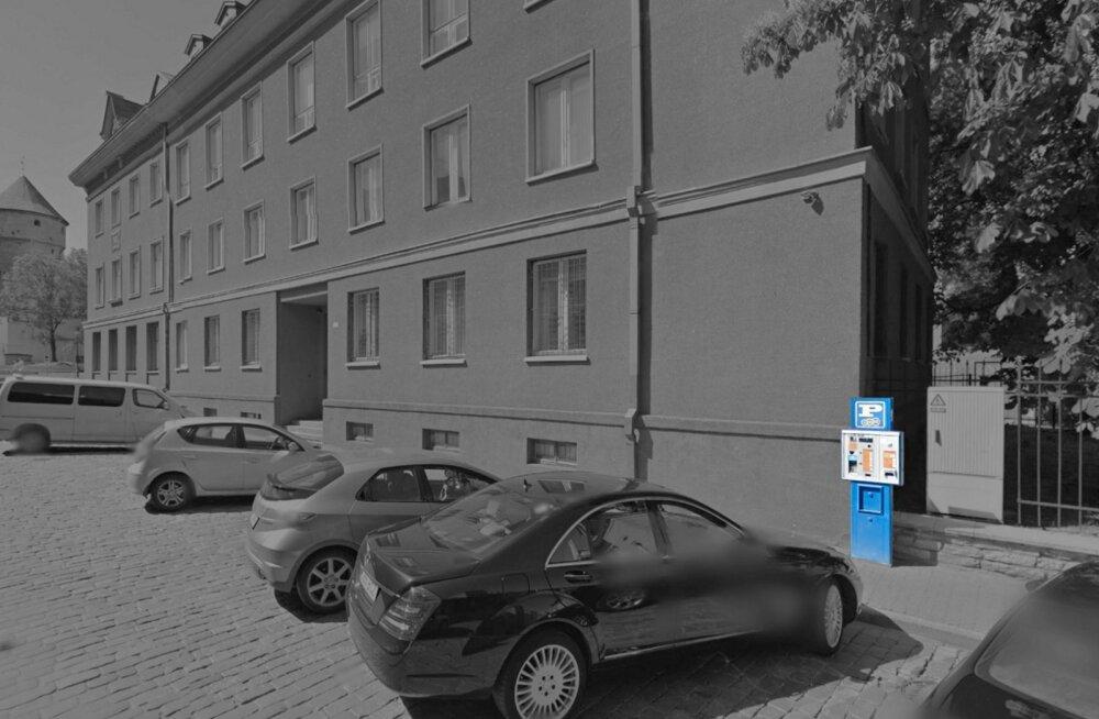 Uus teenus: Eesti idufirma ja EMT õpetavad auto ise parkima