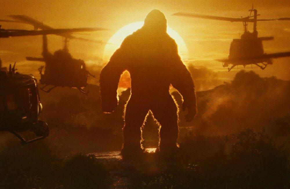 """ARVUSTUS: """"Kong: Pealuu saar"""" – suvehooaeg algas kinodes tänavu varakult!"""
