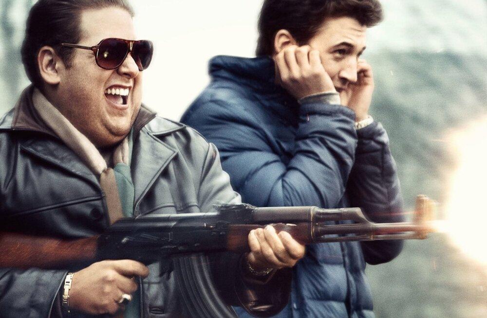 """Kanepilembesed noorukid ja Pentagoni 300-miljoniline relvaleping – kas """"Sõjakoerad"""" vastab tõele?"""