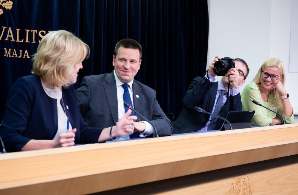 Sotsiaalminister Kaia Iva ja peaminister Jüri Ratas