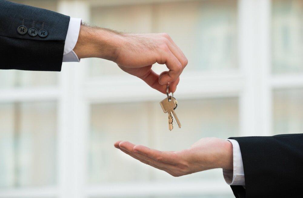 Enne eluasemelaenu lepingu sõlmimist tasub läbi mõelda, kas laenu tasumiseks on vahendeid ka tulevikus. Muidu võib tekkida olukord, kus kodust tuleb loobuda.