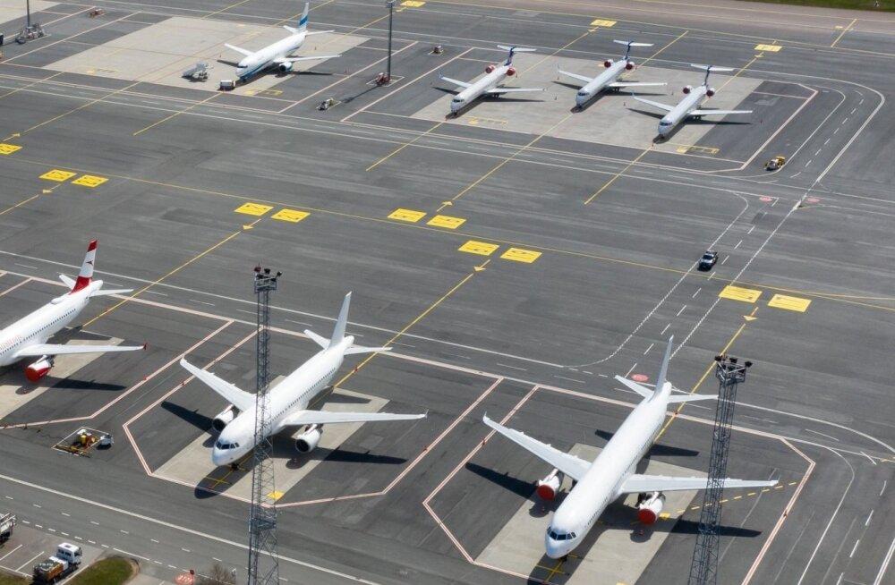 Правительство продлило запрет на авиасообщение с эпидемиологически опасными странами до конца августа