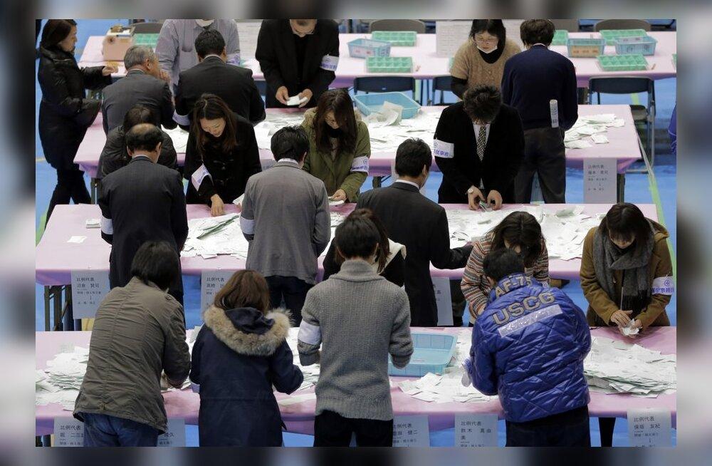 Meedia: Jaapani valimistel saatis edu konservatiive