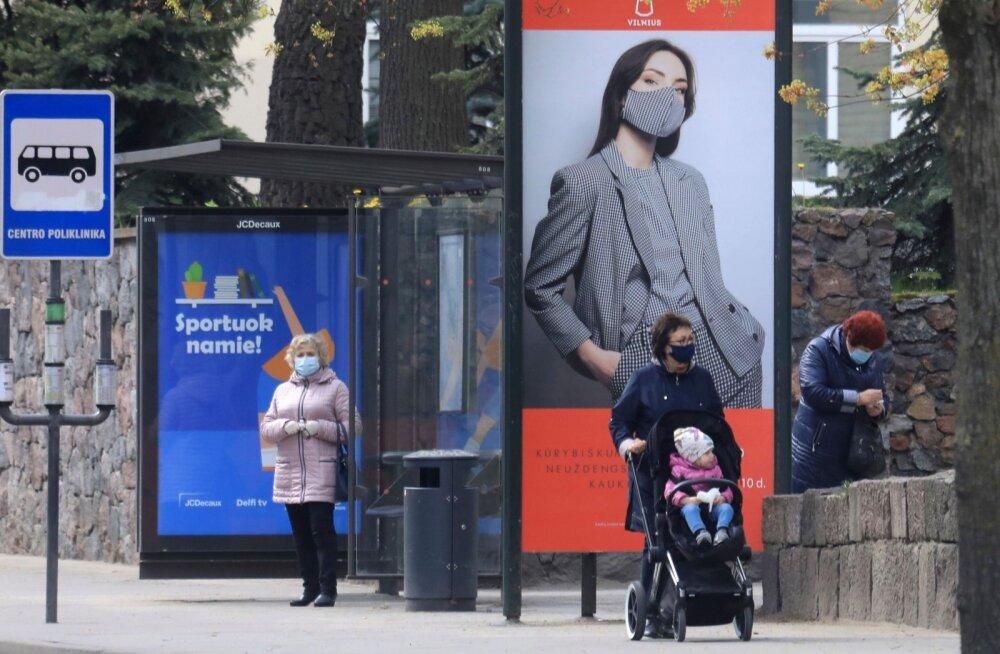 Leedu võib muuta maskikandmise kohustuslikuks