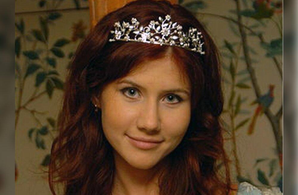 FOTOD: väidetav Vene spioon elas nagu Bondi-tüdruk