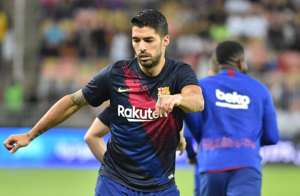 Operatsioonil käinud Luis Suarez jääb pikaks ajaks jalgpallist eemale