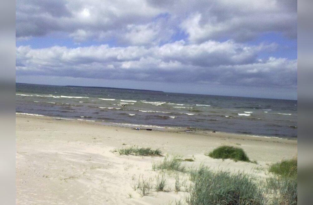 Süst Andineeme rannas