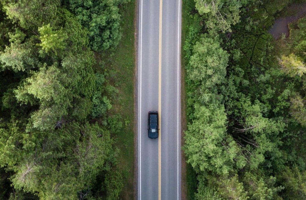 Eesti teedel sõidetakse aastas miljoneid kilomeetreid.