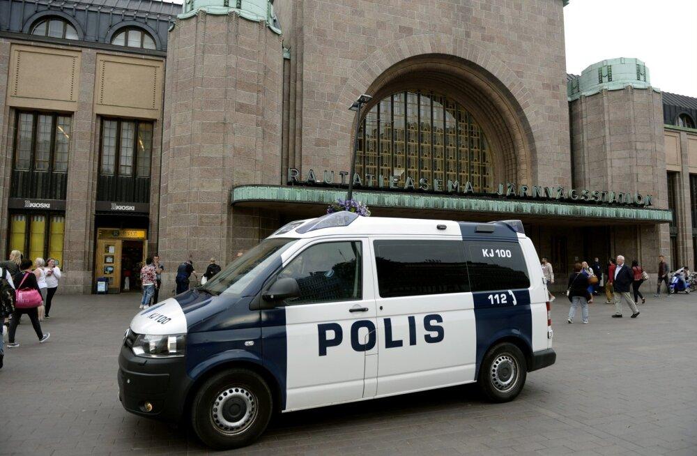 Eesti mehi kahtlustatakse Soomes 30 murdvarguses