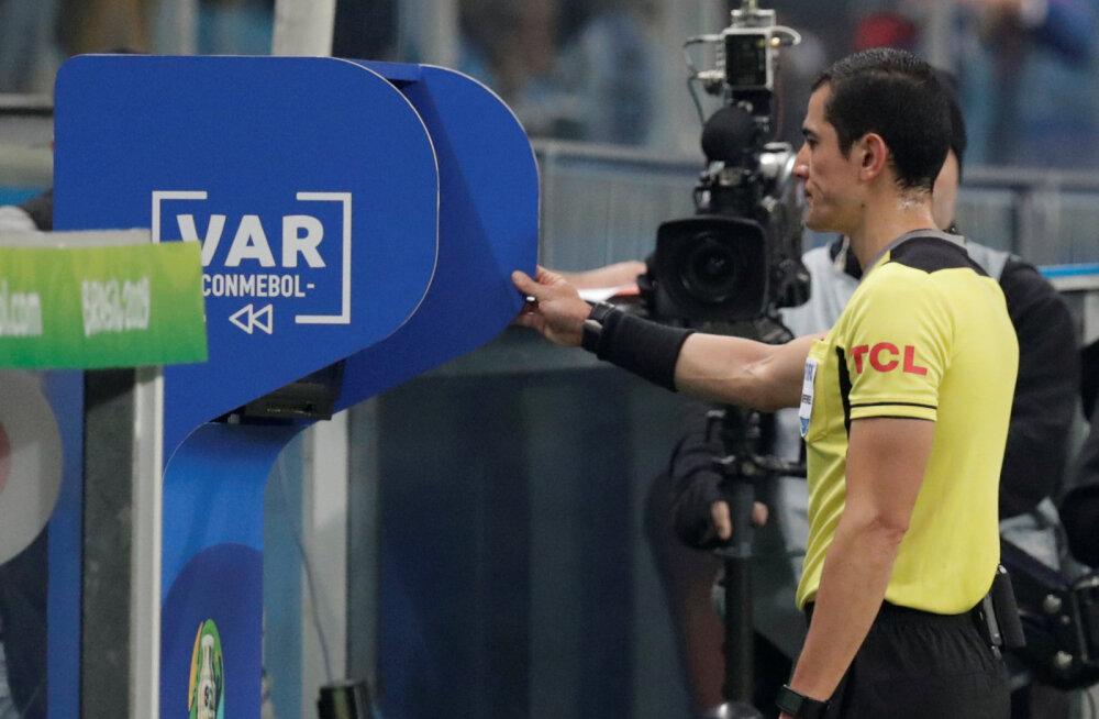VIDEO | Copa America: Uruguay pääses Jaapani vastu viigiga, appi tuli ka VAR