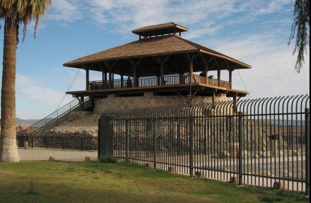 ФОТО: Самая злобная тюрьма в самом солнечном месте планеты. Что в ней было и что стало
