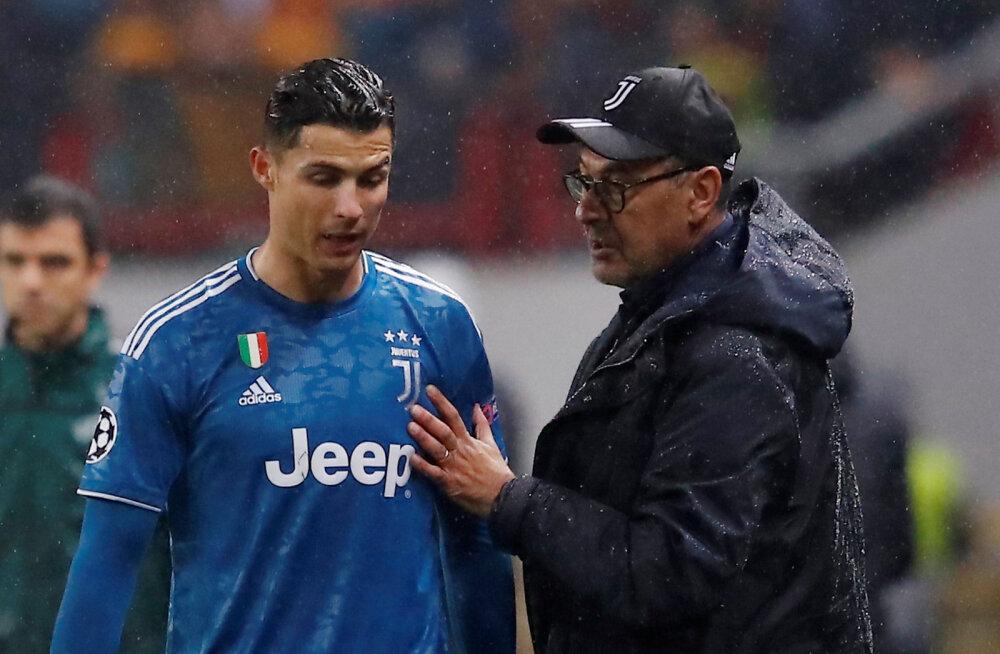 Cristiano Ronaldo ja Maurizio Sarri