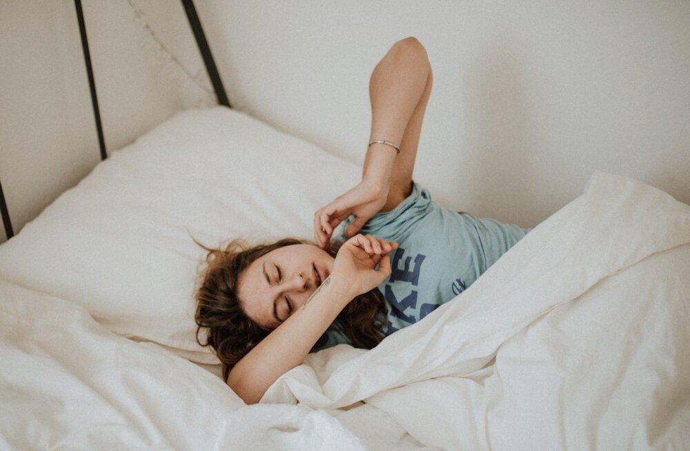 Valmistuma pead juba praegu: väldi unevõlga kellakeeramise eel